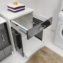Mobile lavanderia con stendino estraibile