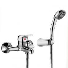 Miscelatore esterno per vasca completo di accessori doccia Punta