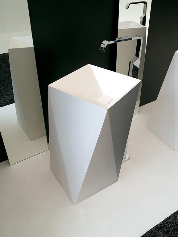 Lavabo cm 50x50xH85 Sharp