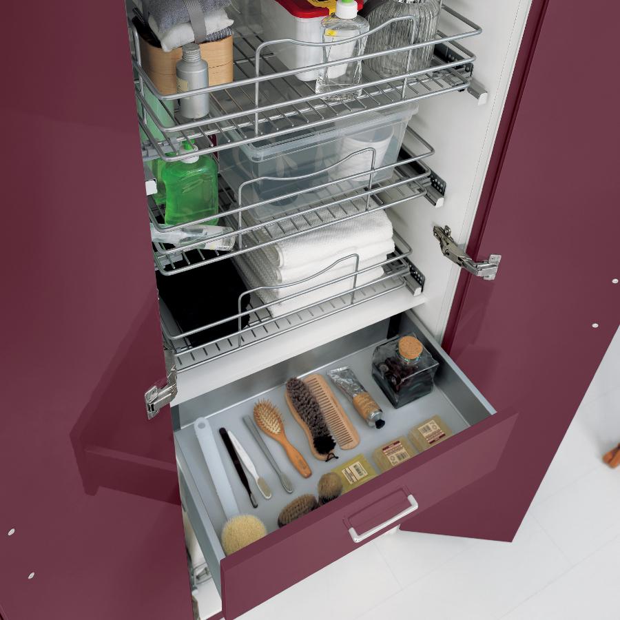 Colonna lavanderia con due ante, tre contenitori, cassetto e cesta Colf