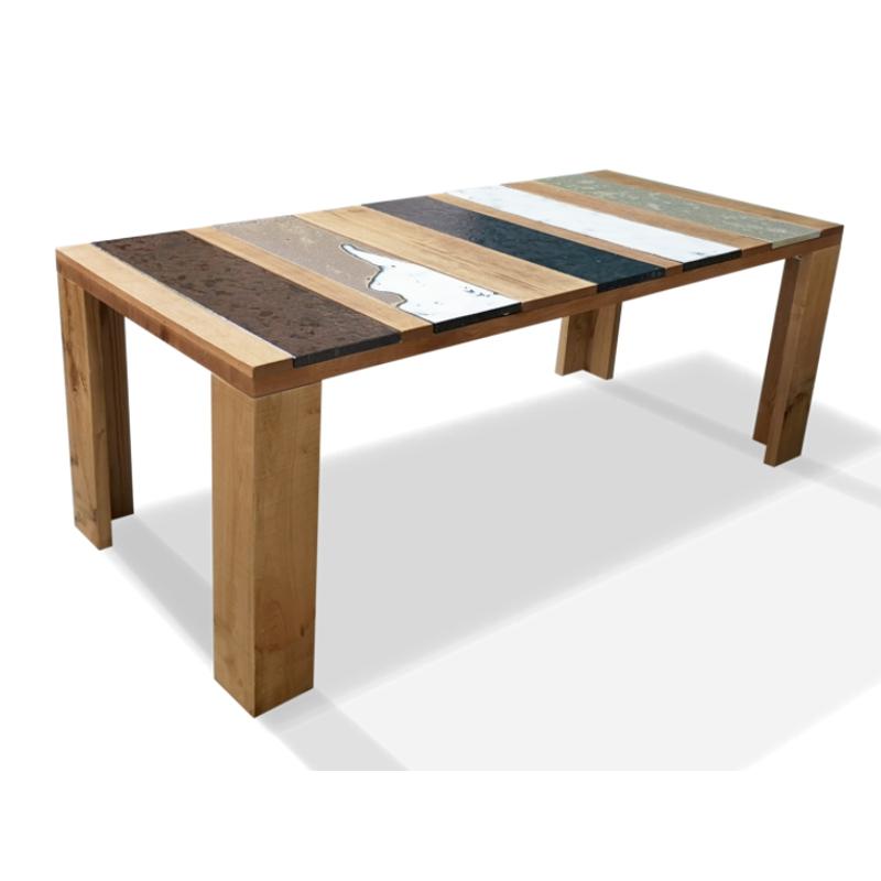 Tavolo moderno in legno e lava incassata Xilo